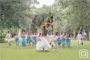un-dinosaure-s-incruste-dans-un-mariage