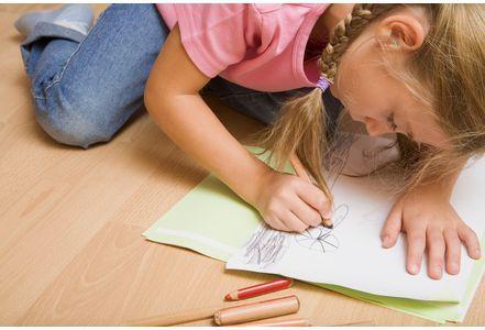 Art-therapie-la-solution-pour-aider-les-enfants-en-difficulte_exact441x300