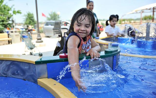 parc_aquatique_enfants_handicap_3
